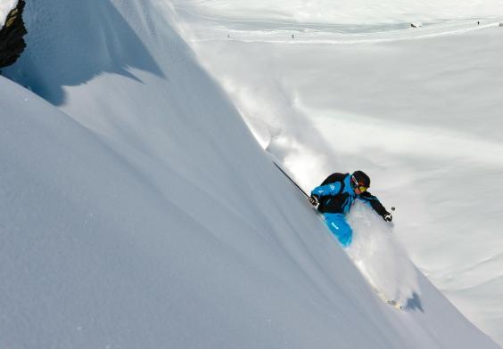 extreme-skiing.jpg