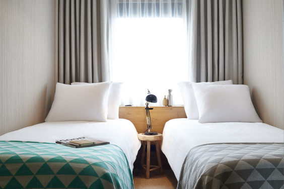 standard-room-good-hotel-amsterdam-twin-bed.png