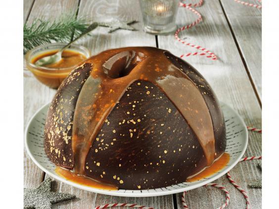 tesco-reveal-cake.jpg