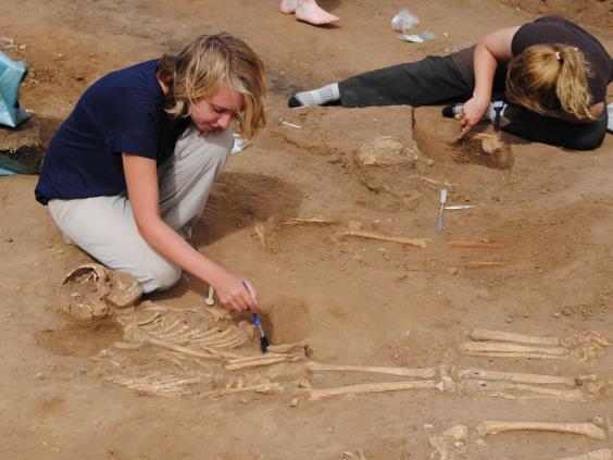 burial-pit-1.jpg