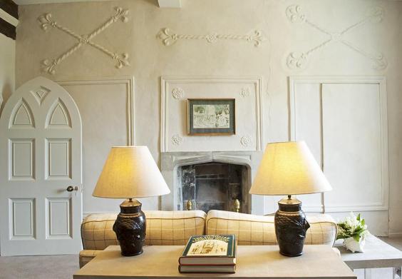 upstairs-sitting-room-landscape.jpg