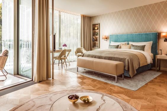 fontenay-deluxe-room.jpg