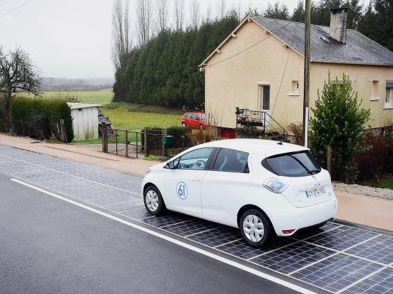 france-solar-roads-2.jpg