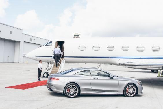 jetsmarter-private-jet-with-car.jpg
