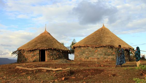 village-ways-tukul-2-hi-res-img-5837.jpg