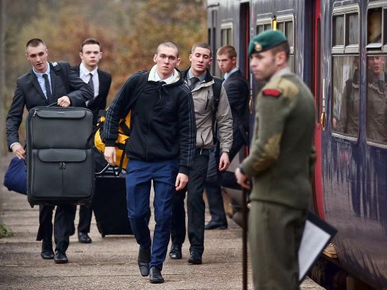 british-army-recruits-2.jpg