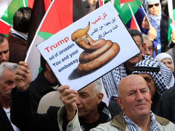 trump-protests-palestinian.jpg