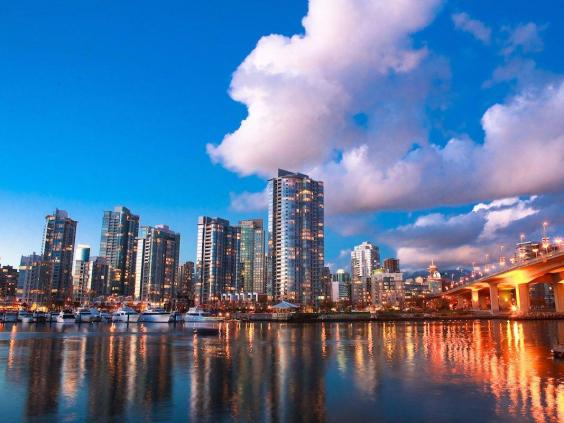 9-vancouver-canada-the-city-is-attractive-for-freelancers-due-to-the-high-quality-of-living.jpg