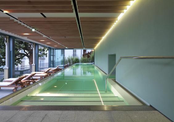 4-t-spa-infinity-pool.jpg
