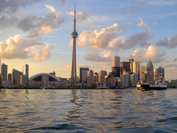 4-canada-expats-gave-the-country-a-high-ranking-in-the-personal-safety-and-security-index-thanks-to-low-crime-rates-across-the-board.jpg