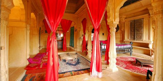 Last minute valentine s day getaways the most romantic for Most romantic boutique hotels