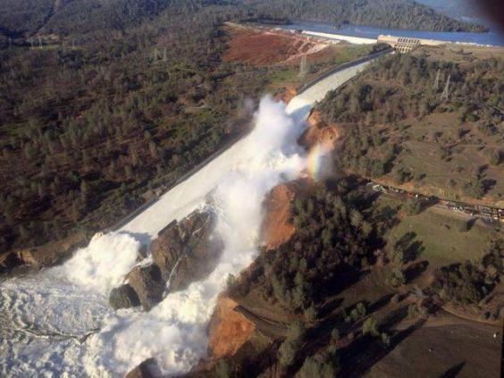 Close up look at Oroville Dam damage
