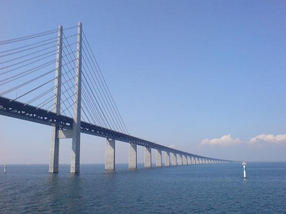 1024px-oresund-bridge.jpg