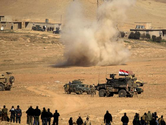Iraqi forces press on with Mosul operation to oust 'IS' group