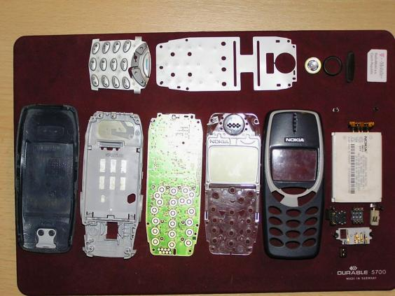 Hands on with the new Nokia 3310, the legendary resurrected handset