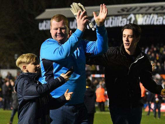 Sutton United pie-eater Wayne Shaw resigns in tears