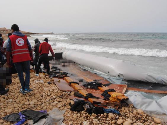 libya-beach-bodies2.jpg