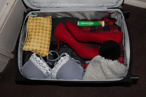 expedia-suitcase.jpg