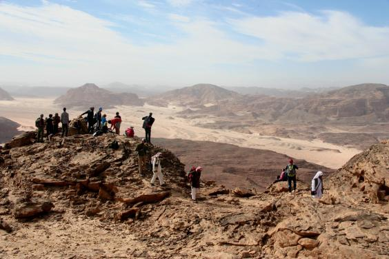 travel africa egypt holidays sinai trail long distance trekking hiking adventure tours