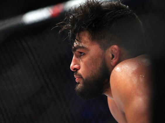 Kelvin Gastelum Will Stay At Middleweight - With One Catch