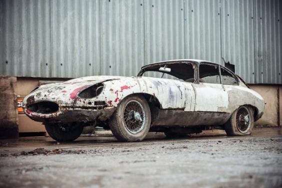 jaguar-e-type.jpg