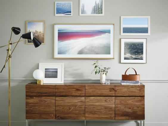 samsung flat screen tv on wall. samsung-the-frame-tv.jpg samsung flat screen tv on wall