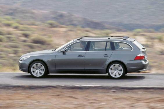 bmw-5-series-touring-3-0.jpg