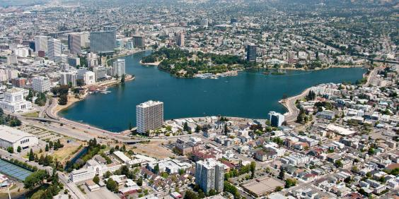 aerial-photos-lake-merritt-the-heart-of-oakland-photo-by-steven-dos-remedios.jpg