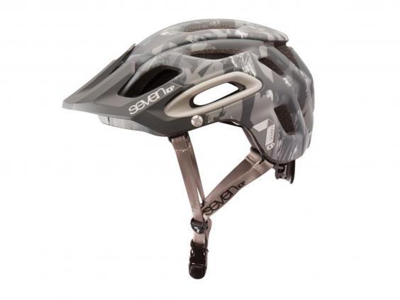 7-idp-m2-helmet.jpg