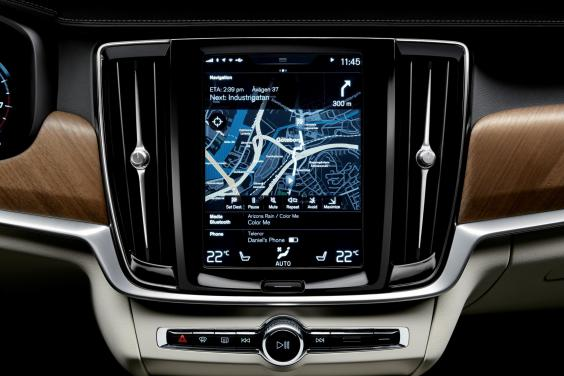 volvo-s90-1504-interior-centre-display-and-air-blades-volvo-s90.jpg