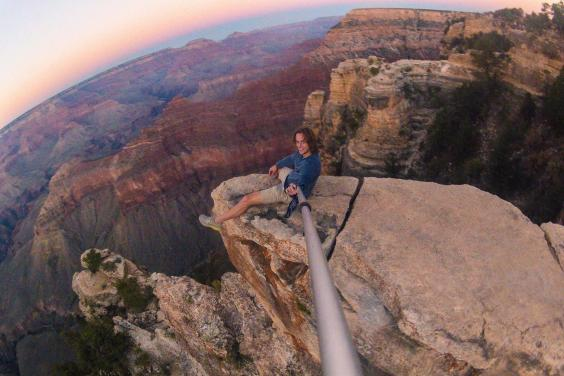 the most dangerous selfies ever taken from the grand canyon to an active volcano the independent. Black Bedroom Furniture Sets. Home Design Ideas
