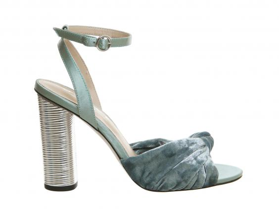 natural-office-sandals.jpg