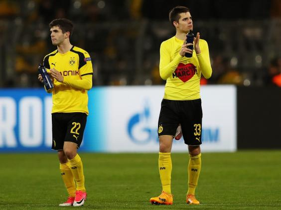 Christian Pulisic (L) and Julian Weigl b-dortmund.jpg