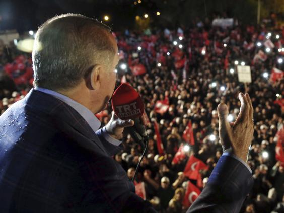 Erdogan slams worldwide critics of referendum result