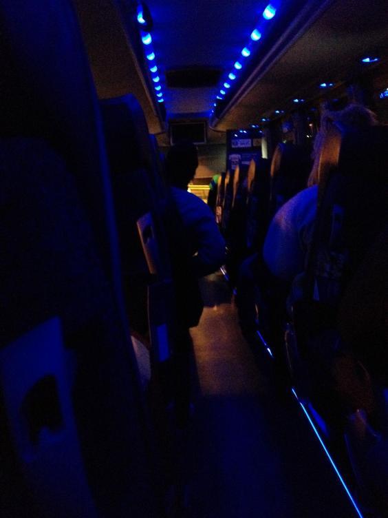 bus0.jpg