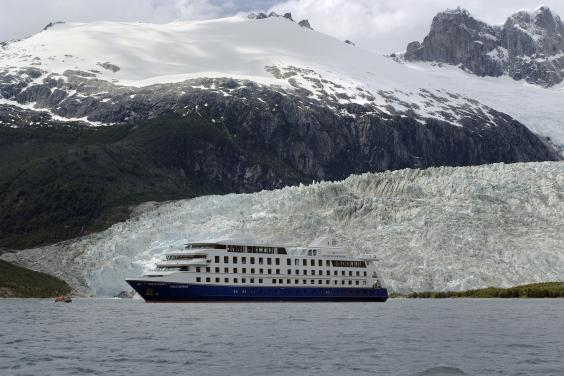 caption-10-chilean-patagonia-cruise.jpg