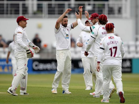 county-cricket.jpg