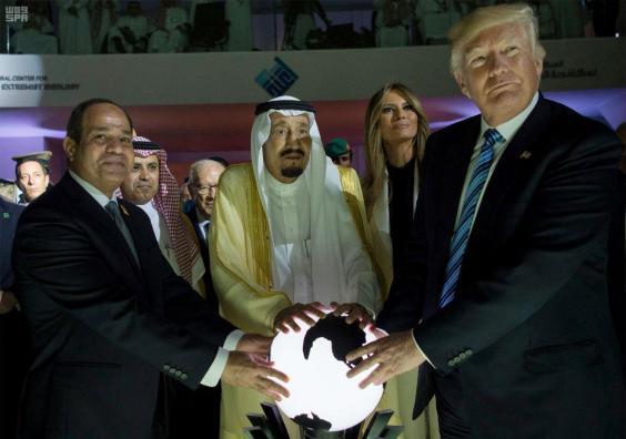 trump-king.jpg