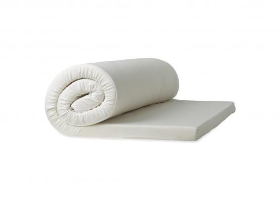 this memoryfoam topper easily moulded to our bodyu0027s natural shape during the night while still firmly supporting our back an added bonus is that it has a