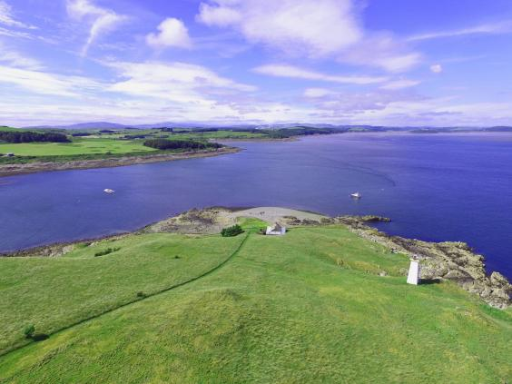 Little Ross Scottish Lighthouse Island Goes On Sale For 163