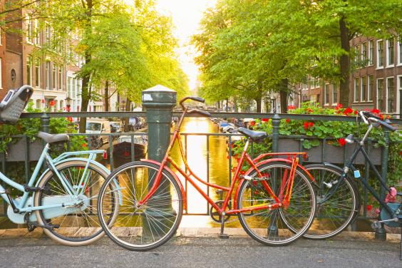 amsterdam-bikes.jpg