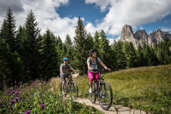 E Biking In Alta Badia New Electric Cycle Share Scheme Makes