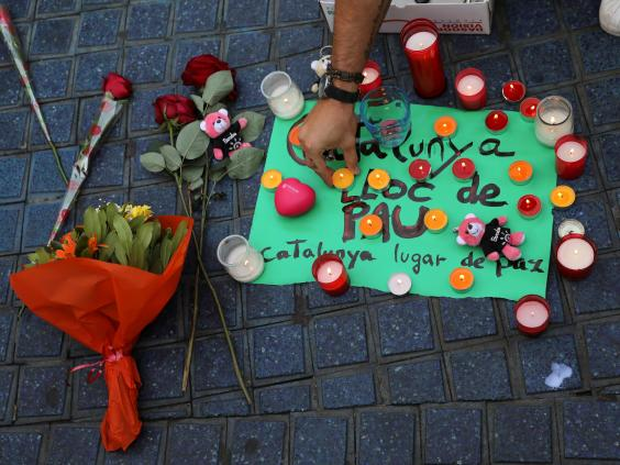 barcelona-vigil-terror-attacks.jpg