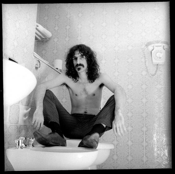 frank-zappa-1967-london.4.jpg