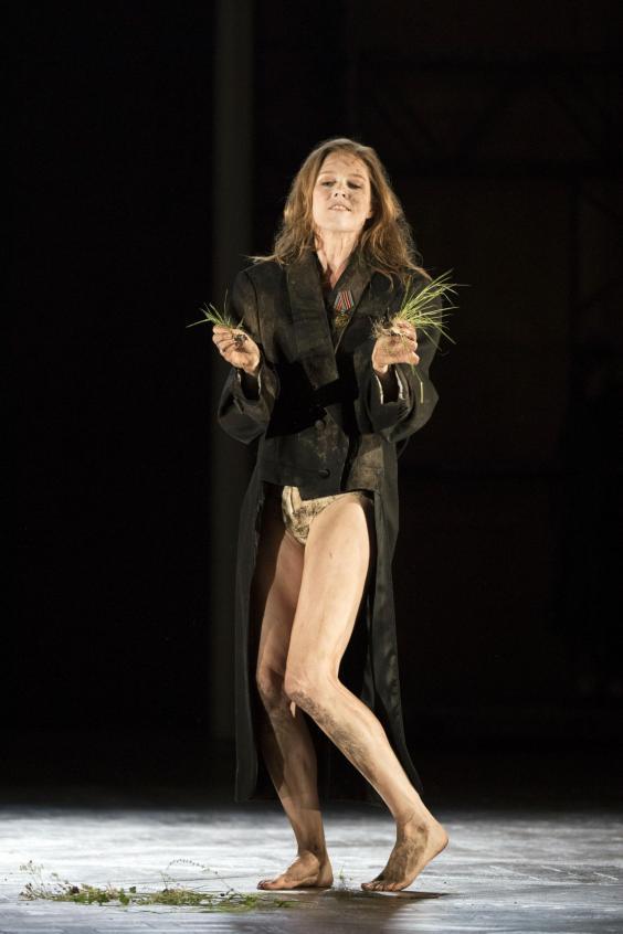 Glyndebourne S Hamlet Why British Audiences Have Turned