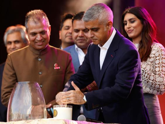 london-diwali.jpg