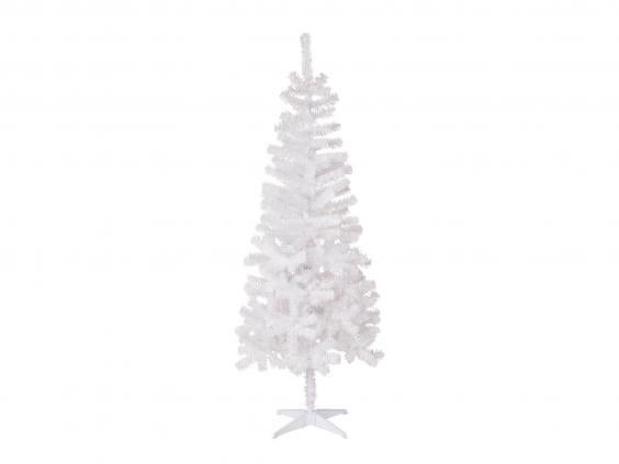 Its No Mean Feat To Make A Statement With Your Christmas Tree For Under GBP20 Yet This Striking White 6ft Does Just That Bit Of Faff Hooking