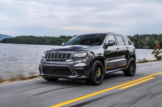 driven jeep grand cherokee trackhawk 2018 the independent. Black Bedroom Furniture Sets. Home Design Ideas