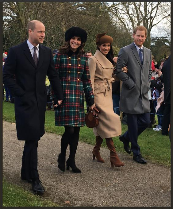 Single Mother Takes An Iconic Photo Of The Royal Family