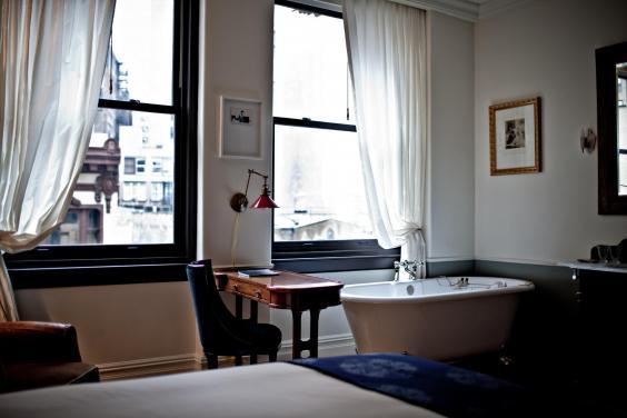 the-nomad-guest-room-7-benoit-linero.jpg